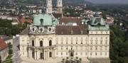 Slávnosť marhúľ a kláštor Klosterneuburg