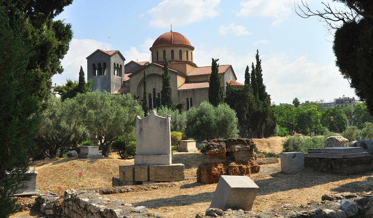 https://cestovnakancelariadaka.sk/files/product/217_keramaikos_kostol3.jpg