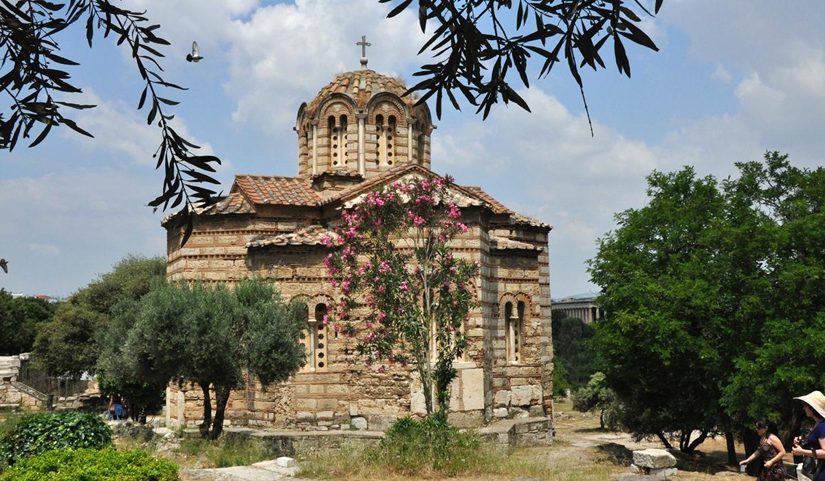 https://cestovnakancelariadaka.sk/files/product/240_grecka_agora_kostol.jpg