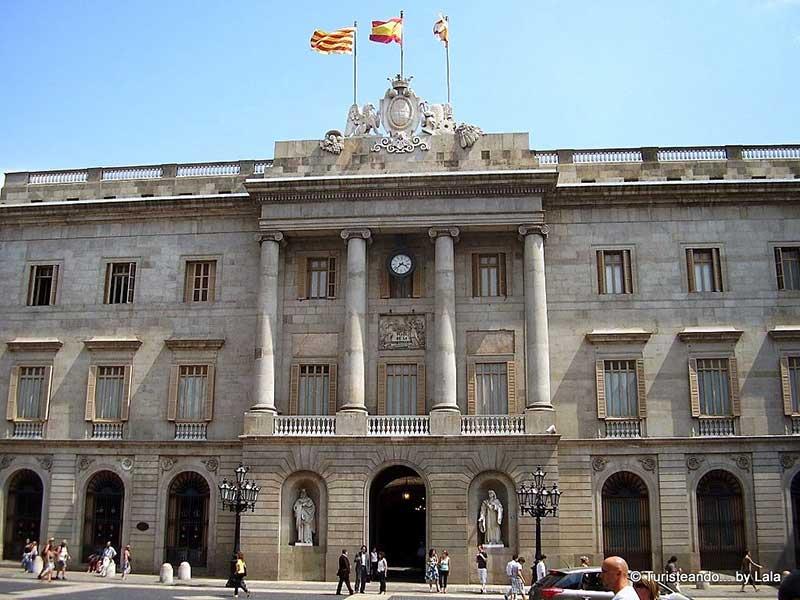 https://cestovnakancelariadaka.sk/files/product/ayuntamiento-barcelona.jpg
