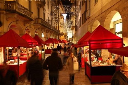 https://cestovnakancelariadaka.sk/files/product/christmas-markets.jpeg